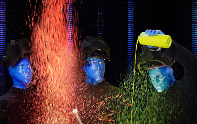 Концерт Blue Man Group в Нью-Йорке